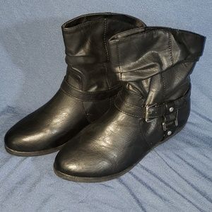 Size 7 Black Booties